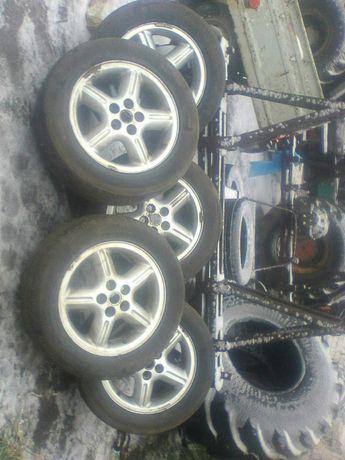 Продам скаты(шины) с дисками