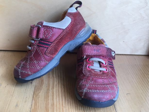Buty skórzane Clarks First Shoes rozmiar 22 (13,5 cm)