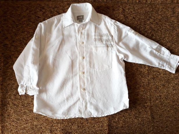 Детская белая рубашка на мальчика.