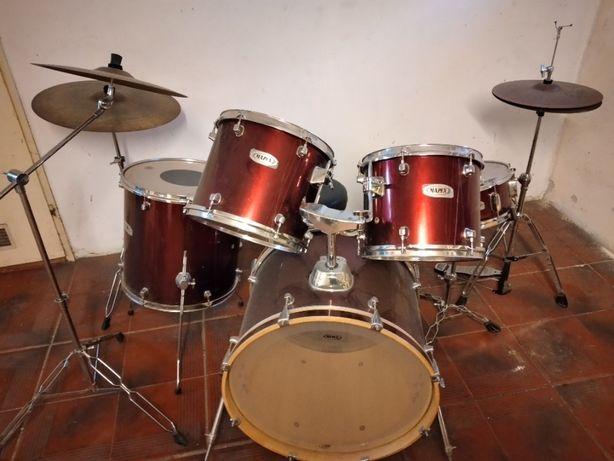 Perkusja Mapex + stołek.