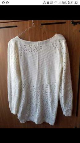 Bialy sweterek rozmiar M