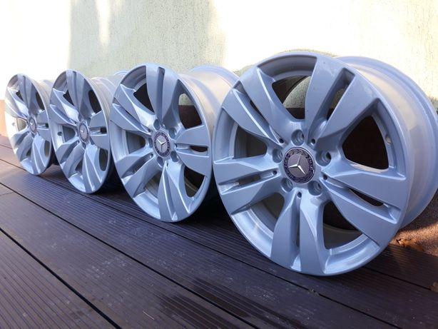 Alufelgi Mercedes E 212 5x112 8j 16cali Idealne Możliwość Montażu