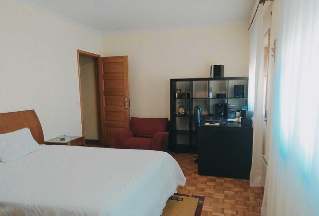 Arrendamento de quarto suite perto do Hospital Povoa de Varzim