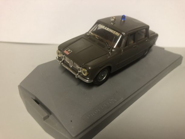Miniaturas Alfa Romeu  1/43