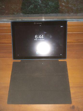 Планшеты Lenovo TB-X103F и Surface Microsoft Windows RT 8.1