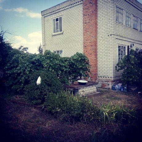 Дом в Успенке с виноградником