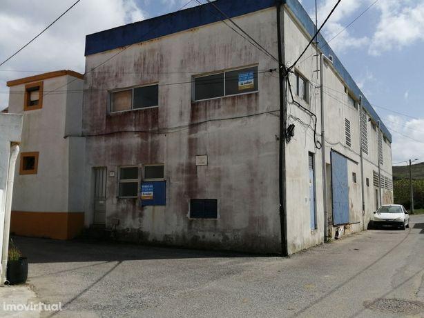 Fábrica, 301m2, Torres Vedras