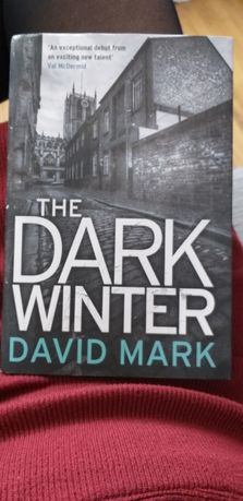 The dark Winter David Mark kryminał po angielsku