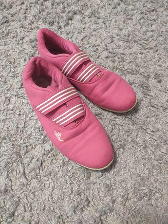 Кросівки, взуття, обувь