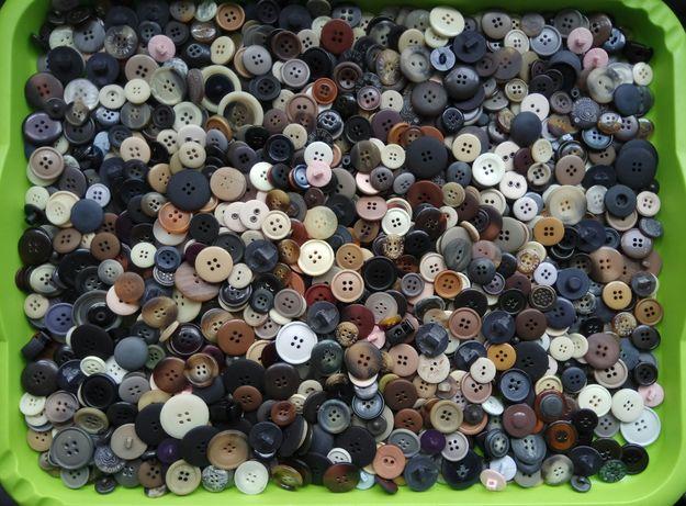 1kg de botões para costura novos