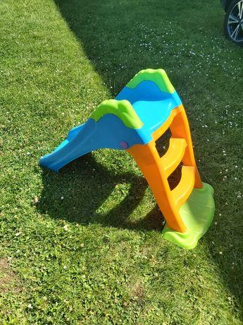 Zjeżdżalnia ślizg plac zabaw zabawki basen