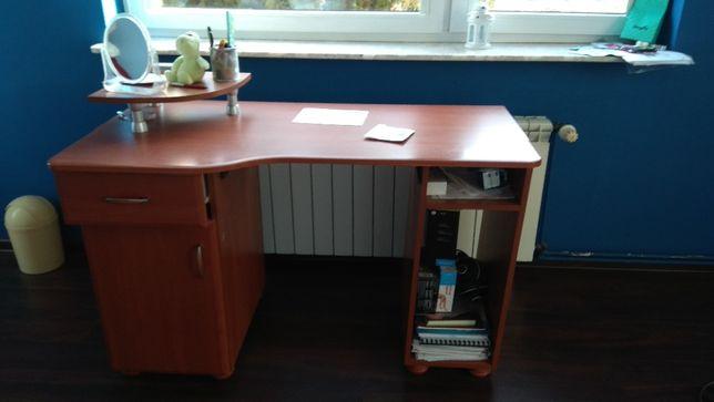biurko używane może komuś się przyda oferta ważna tylko do piątku 05.
