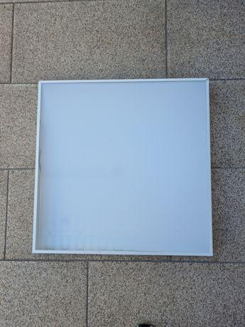 Candeeiro de teto LED