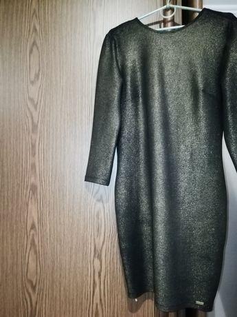 Плаття еластанове