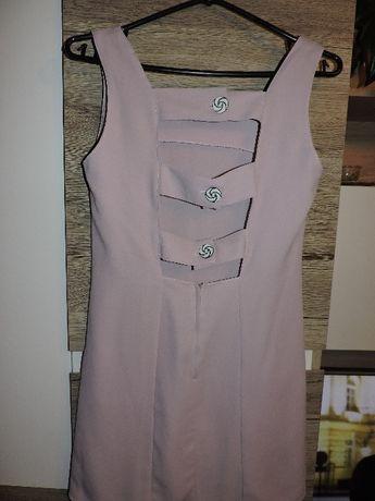 Sukienka z odkrytymi plecami S/M