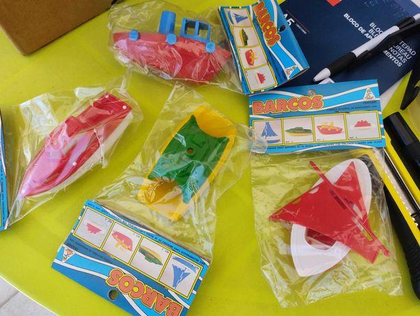 Barcos lanchas Gulliver em plástico selados unidade ou conjunto 4