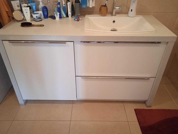 Sprzedam szafkę łazienkową stojącą