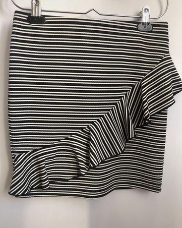 spódnica materiałowa ołówkowa falbanka paski