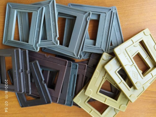 Рамки пластмассовые для слайдов 24х36