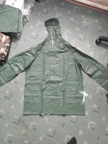 Дождевик; влагозащитная одежда; ветронепродуваемый