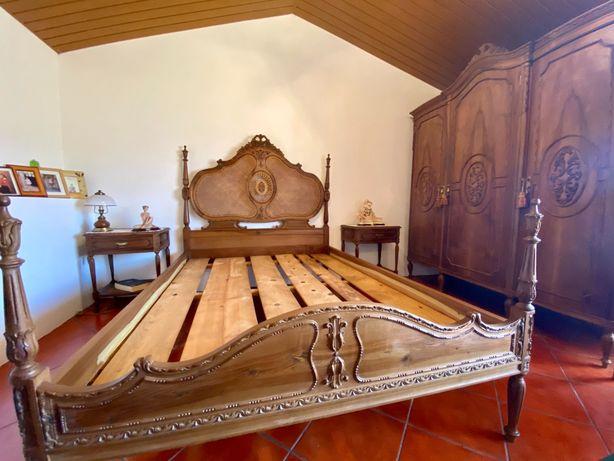 Mobília de quarto antigo
