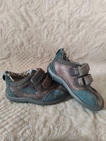 Кожаные туфли clarks
