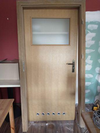 Drzwi łazienkowe 90 lewe