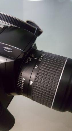 Vendo Máquina fotográfica Canon 3000 , como nova
