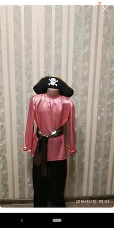 Продам карнавальный костюм пирата (разбойника)