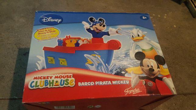 Barco pirata Mickey