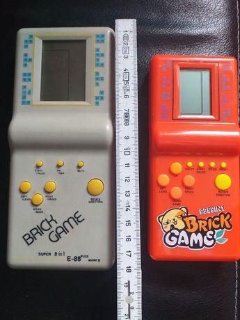 Gra z lat 90tych Brick Game Tetris E23