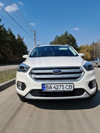 Продам Ford Kuga 4X4 LUX OFFICIAL 2019