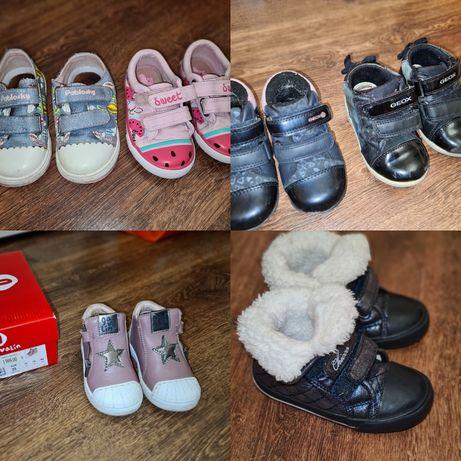 Обувь для девочки 20-22 размер