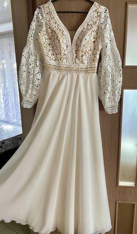 Весільна, випускна сукня