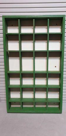 Ekspozytor półka drewniana IKEA na figurki lub lakiery