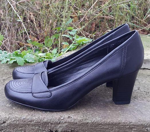 Кожаные туфли босоножки Bata 40 р. Оригинал Италия