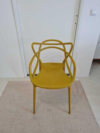 Cadeira Masters by Kartell - Cor Mostarda