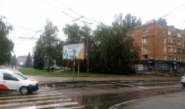 Продам комнату в коммунальной квартире, пересечение Любечской-Мазепы.