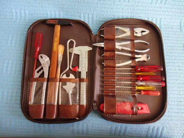 Komplet narzędzi w etui