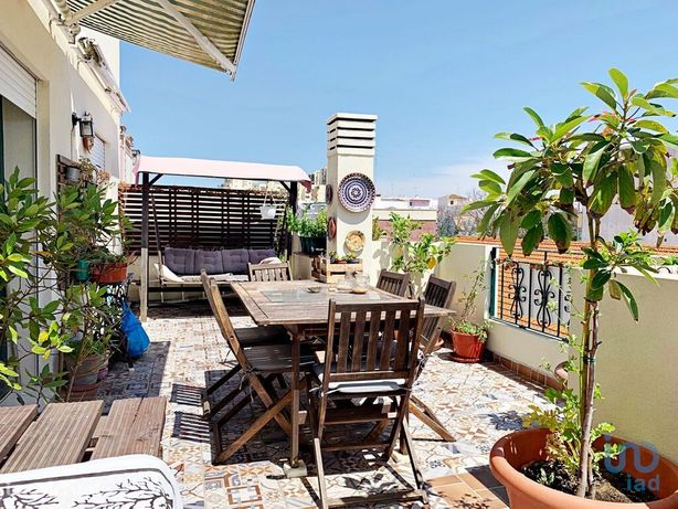 Apartamento - 180 m² - T3