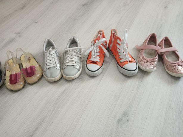 Adidasy, sandały, balerinki, tenisówki 27