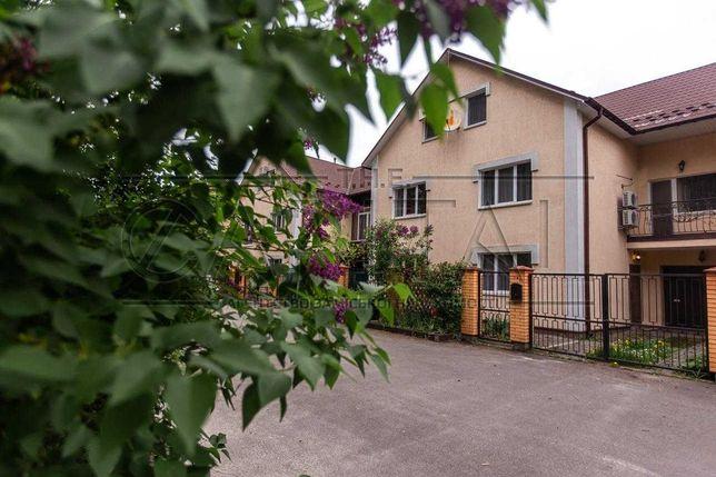 Продажа 3-этажного дома в с.Юровка в Киево-Святошинском р-н