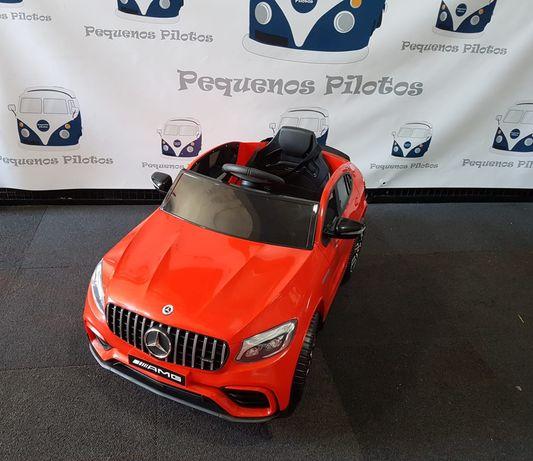 Carro elétrico para crianças Mercedes GLC Coupé a bateria 12v vermelho
