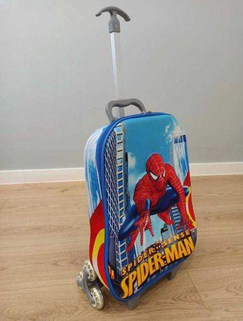 Детский чемодан для мальчика на колесиках бу