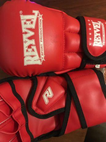 Перчатки боксерские  Reyvel