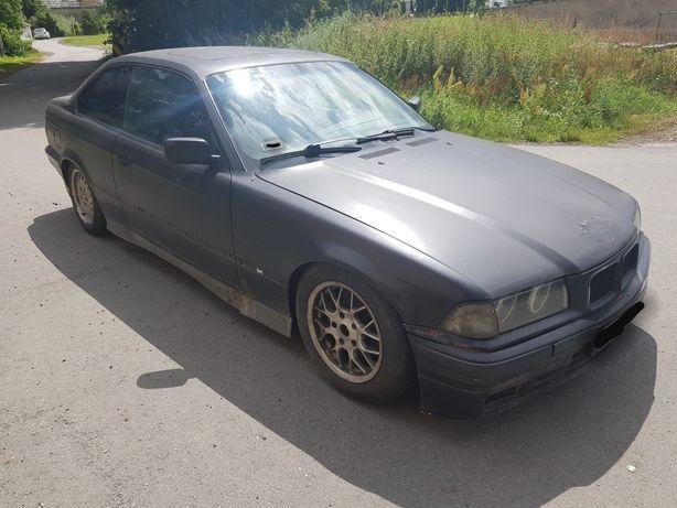 BMW e36 COUPE 1.8 is całość lub tayle