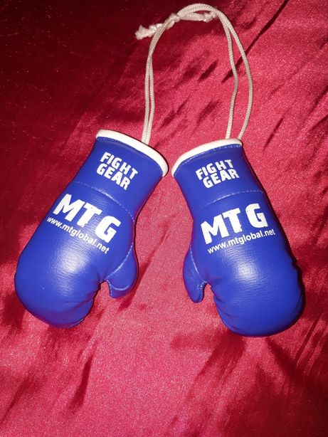 Сувенир- боксерские перчатки MTGlobal