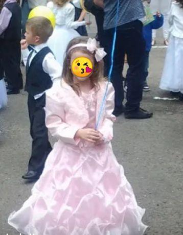 Плаття для випускного у садочок