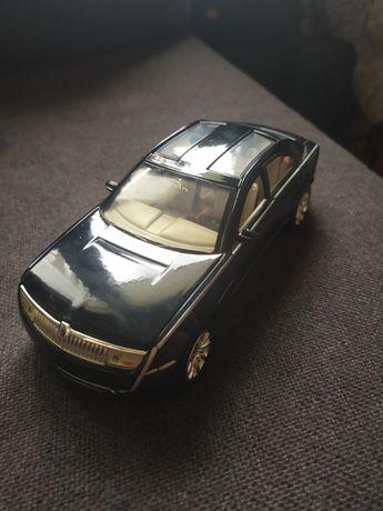Model Lincoln Navicross 1:24 Motor Max