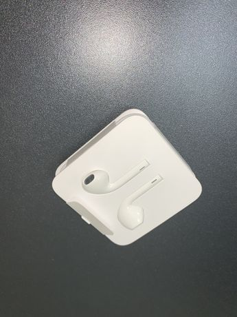 Наушники  Apple  EarPods новые